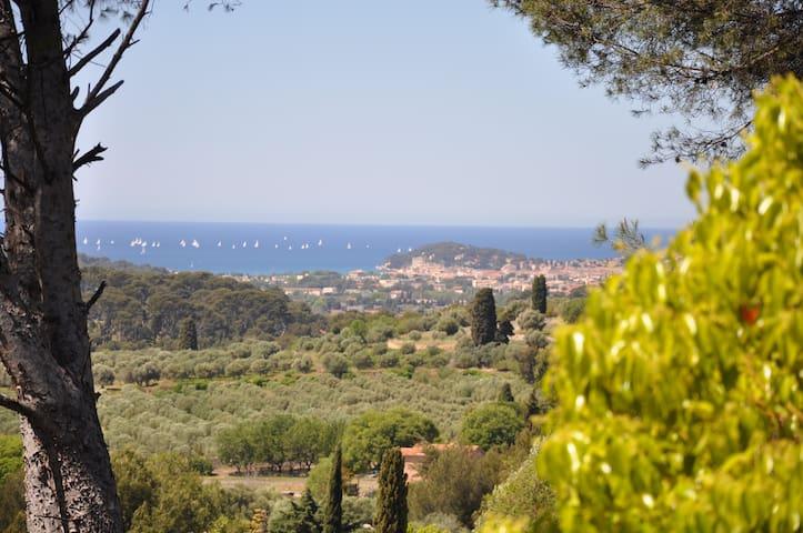 2 pièces sur jardin dans villa spa calme belle vue