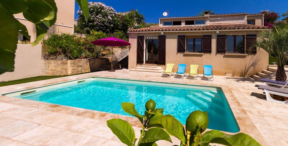 Villa in Ajaccio with swimming-pool - Ajaccio - Dům