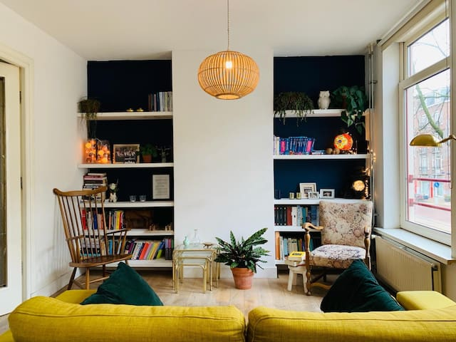 Cozy apartment in the hippest part (East) of A'dam