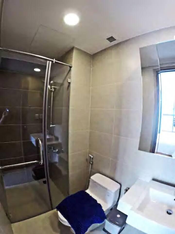 Cho thuê phòng giá rẻ CMT8 Tân Bình 368