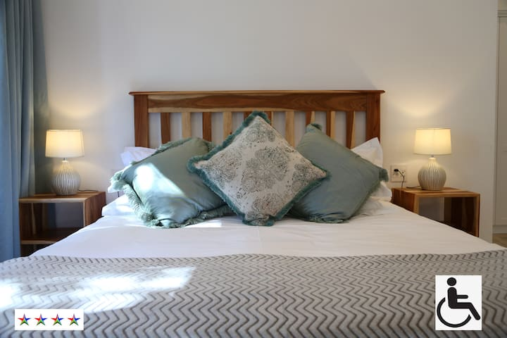 The Banks Guest House - Self Catering - East Wing