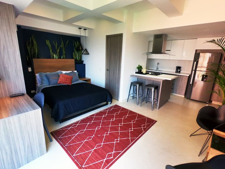New Apartment, at El Poblado, Near Everything! 4/4