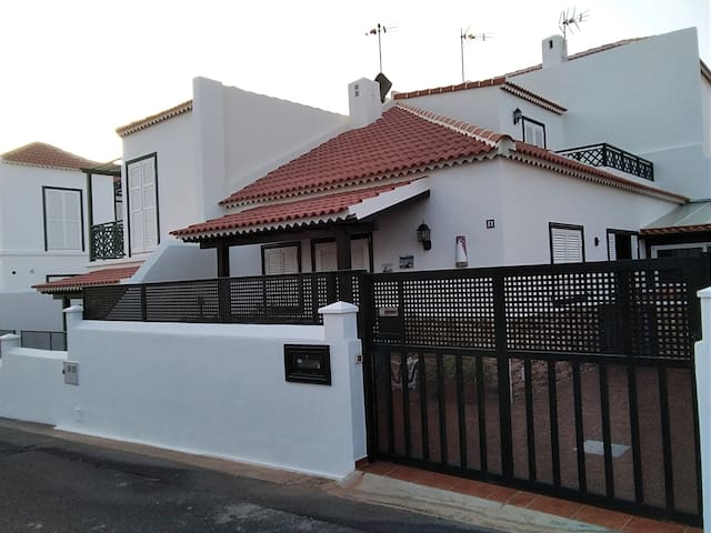 Villa Luz, Abades Tenerife Sur