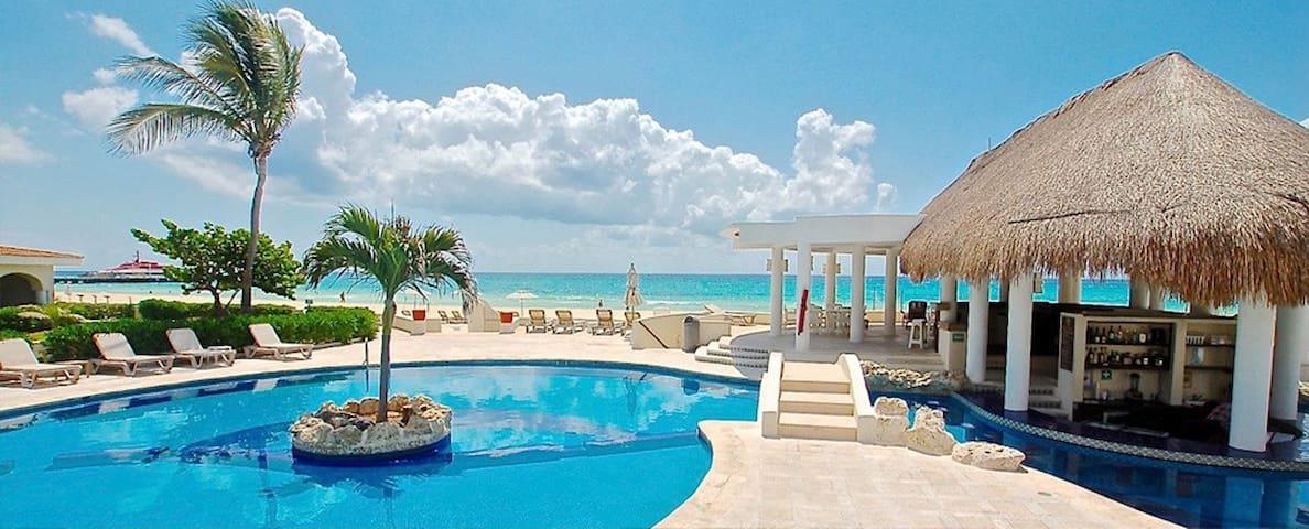Best location in Playa, beach & few steps to 5a Av