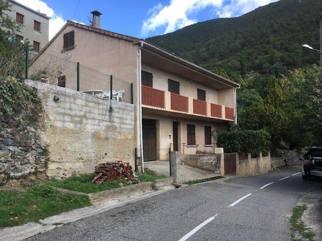 Maison de village Corse - Aléria - Casa