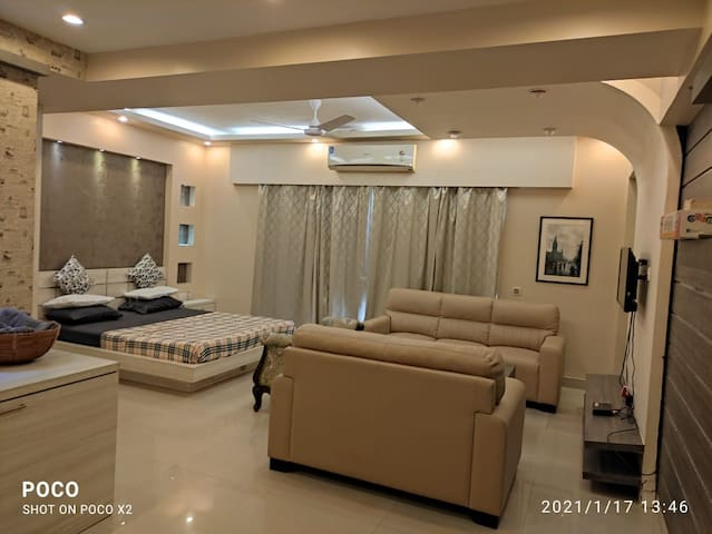 Entire Apt - Luxurious, Small party, Get-together