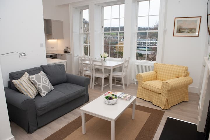 ⭐️Stunning, 1 Bed Luxury Flat in Central Bath⭐️