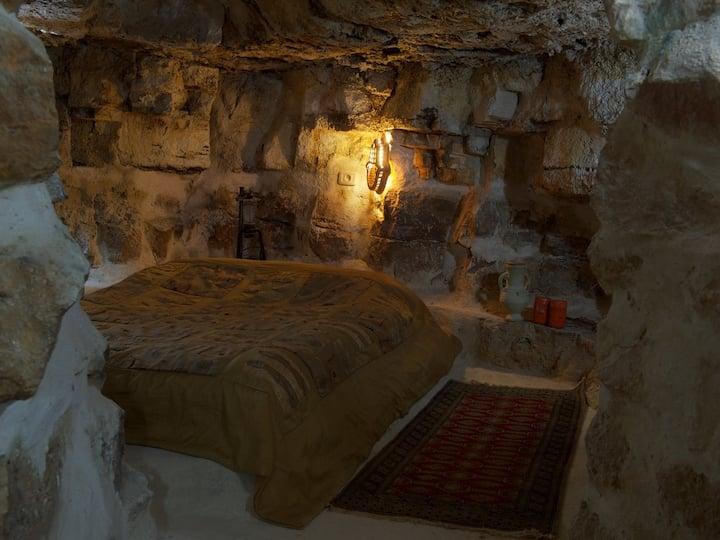 Auberge de Tamezret: Dahya - Cavern Room