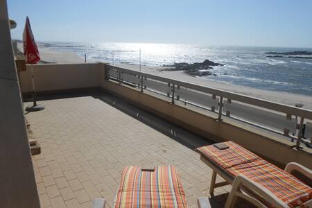 casa com terraço frente ao mar - Mindelo
