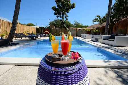 World bnb bungalow deluxe swimming pool view