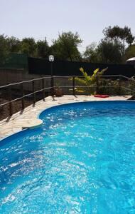 Villetta singola con piscina - Noto - Villa