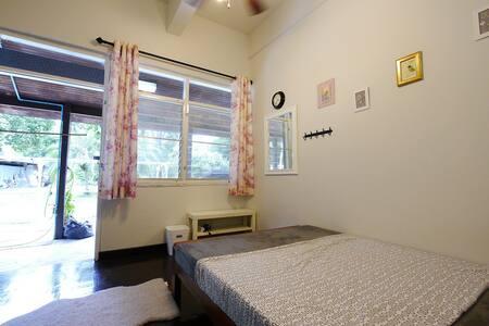 ห้องพักวิวสวน ห้องน้ำด้านนอก - Tambon Mae Sa - Haus