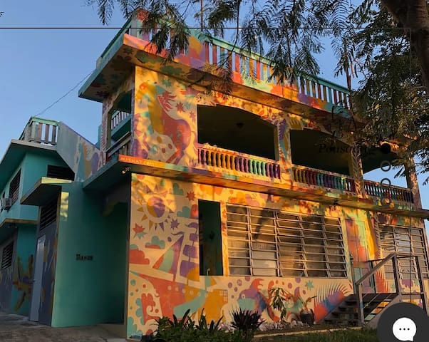 All HOUSE W/ 9 ROOMS /The Hostel in Vieques