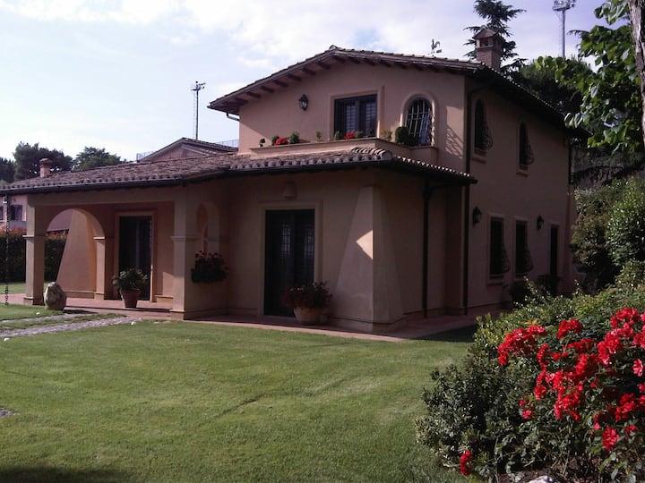 Accogliente Villa Italiana