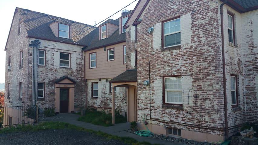 State Gate Loft - Bremerton - Apartamento