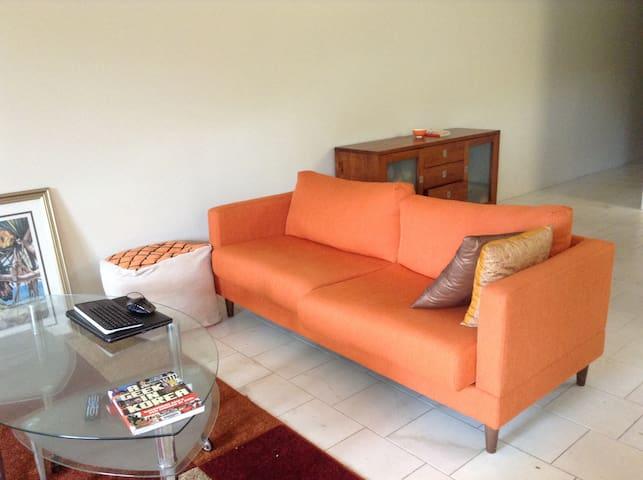 Pamela's Place $80 per night 5 * reviews excellent - Larrakeyah - Apartment
