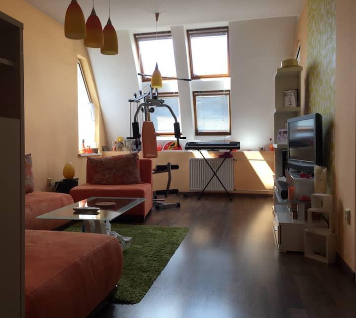 Útulný podkrovní apartmán s balkónem v Ostravě
