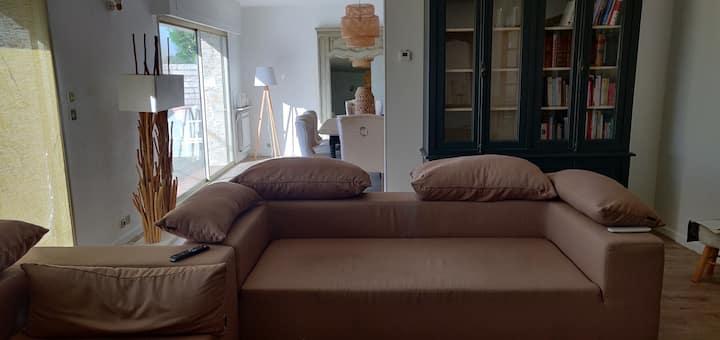 Maison familiale avec terrasse vue loire