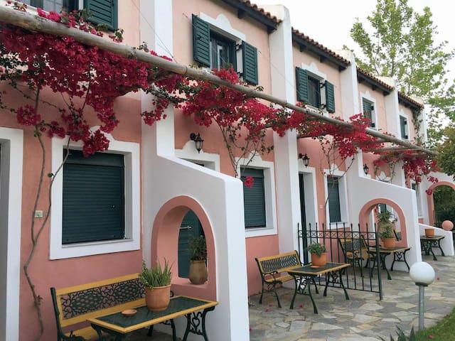 Romalea's Apartments