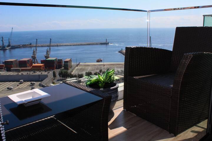Depto de Lujo en la mejor ubicación de Antofagasta, WiFi y TV Cable, Servicio HOM. (2012)