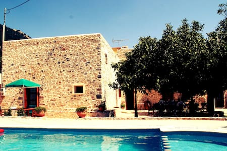 Traditional beautiful Greek house, 10 pers., Sfakia, Imbros, ZW, private pool