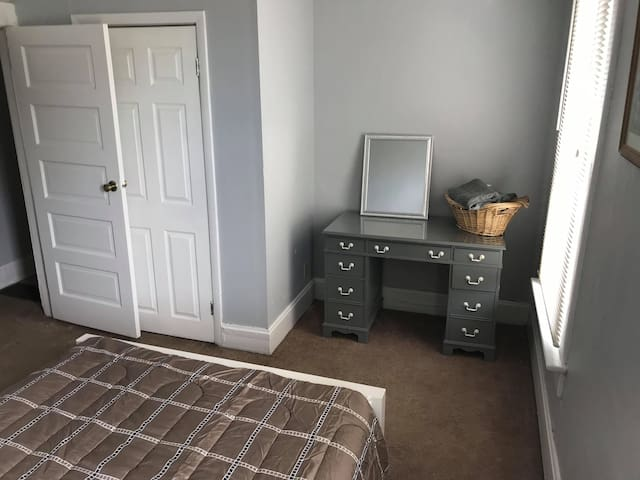 3 Bedroom near Ohio State University + Downtown