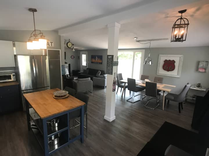 TOTALLY RENOVATED CLOSE TO THE BEACH