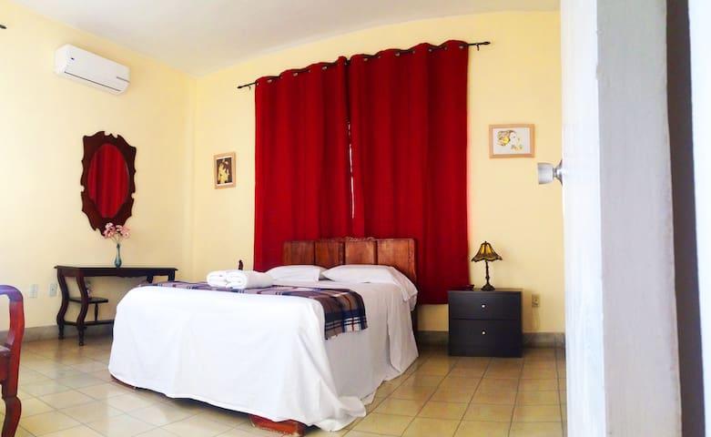 Ideal room in Havana, Cuba