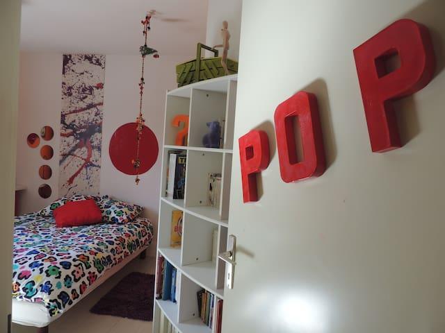 """Une chambre """"Pop"""" !"""