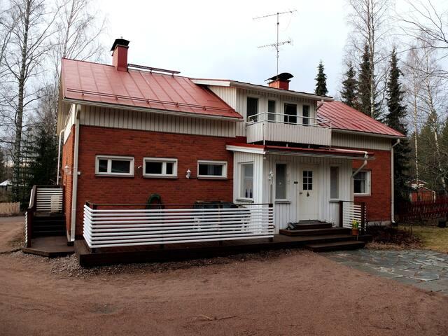 Omakotitalo Kouvolassa, lähellä KymiRingiä