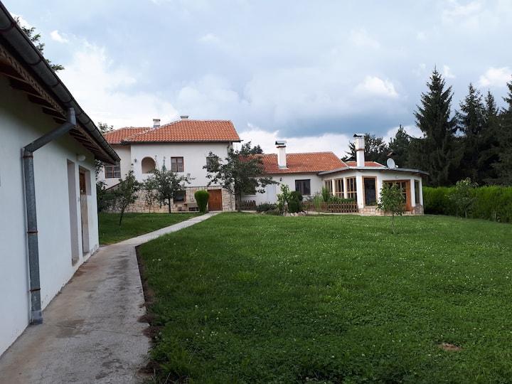 #Vila Rumiana