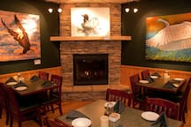 Rookery Pub Fine Dining is located on-site