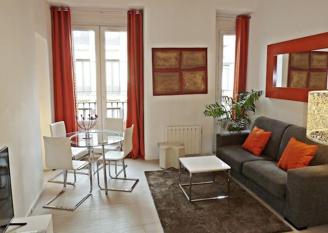 Apartamento Cervantes 302, con vistas