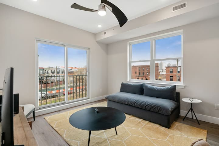 Great Location 2BR Apt in Philly's Fishtown