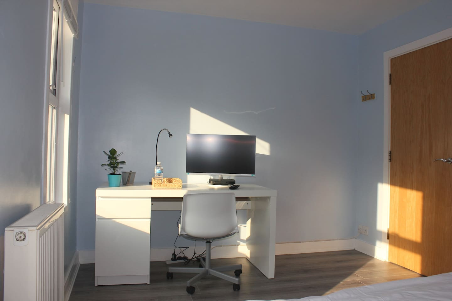 Guest Room - Study Desk + Sky Q Box