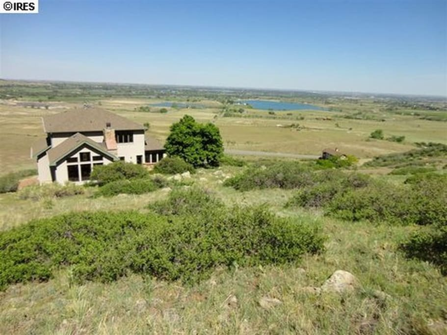 New Beautiful Home Vast Views 10min From Boulder
