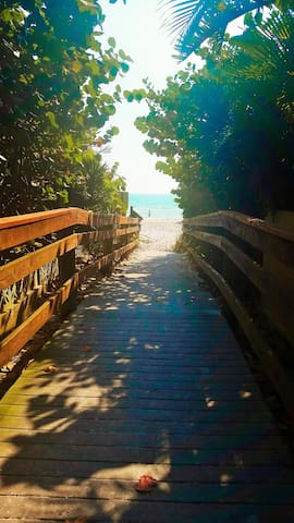 Beach access is a 5 min walk away.  No parking lot means no crowds!