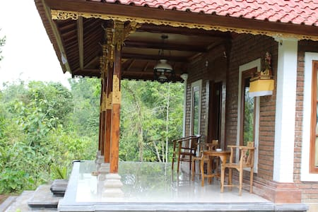 TEGAL JERO HOMESTAY - Penebel - 小平房