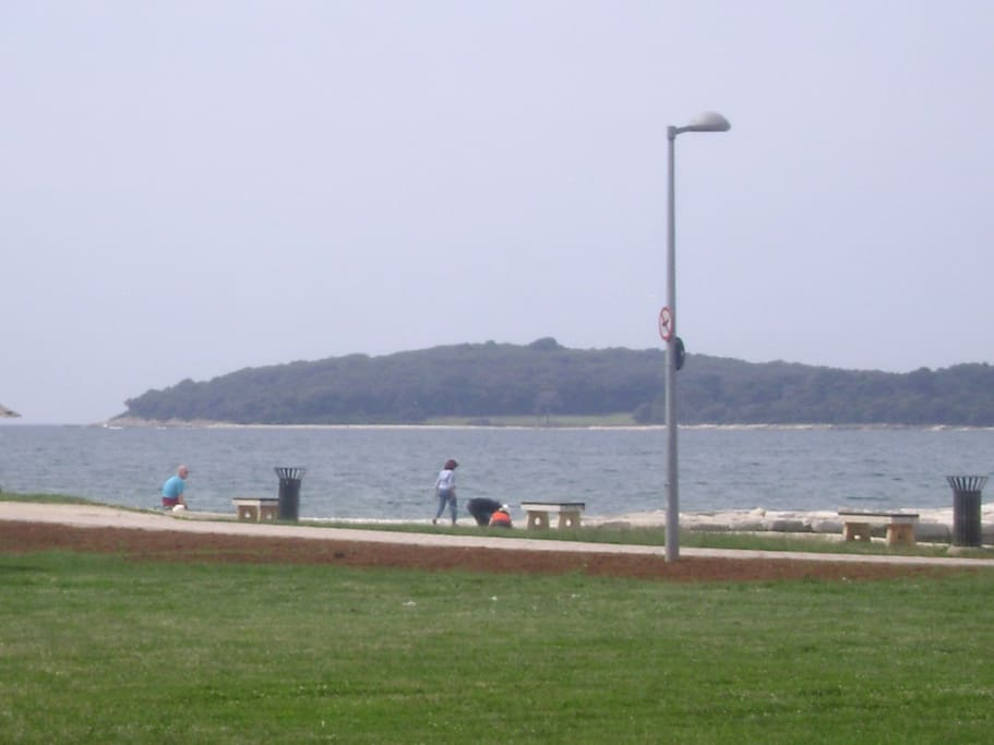 obala 200m