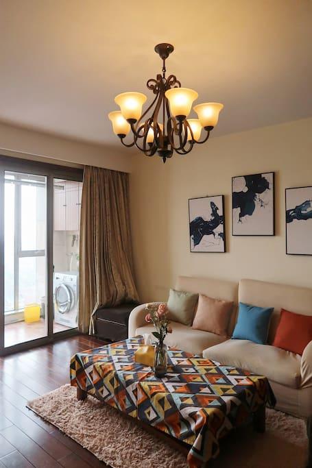 多彩的客厅