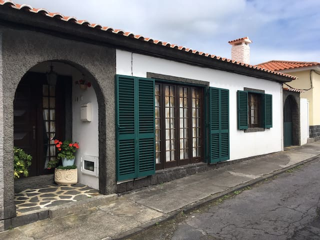 AzorHouse Wi Fi Free - Ponta Delgada - Rumah