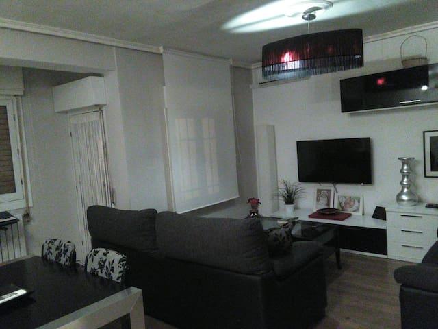 Casa acogedora de dos dormitorios en Albacete - Albacete - Dom