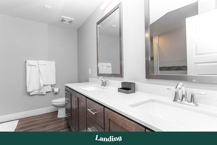 Landing | Modern Apartment with Amazing Amenities (ID4137)