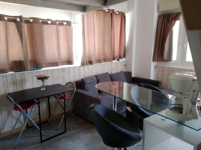 Appartement style Loft à proximité de Toulon