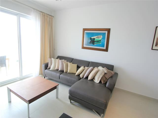 Seafront 2 bedroom apartment - Il-Gżira - Pis