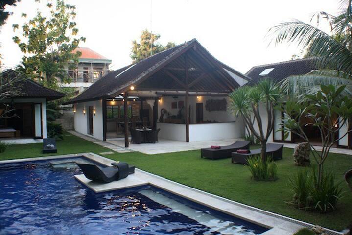 Spacious Villa - Umalas - Bali  - North Kuta - Villa