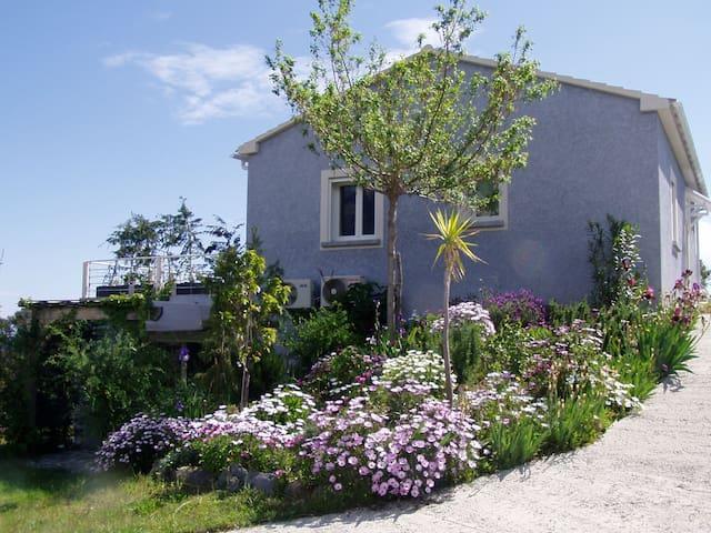 T2 dans villa, vue mer - Cervione - Wohnung