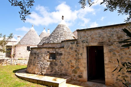 Trullo Verde in Valle d'Itria - Cisternino