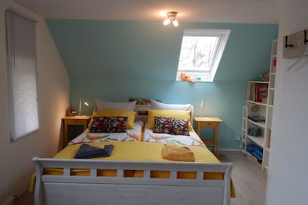 Hübsches Zimmer mit skandinavischem Flair