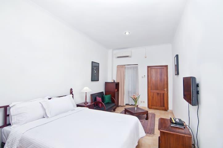 Casa Mia - Room 2 - Yogyakarta - Villa